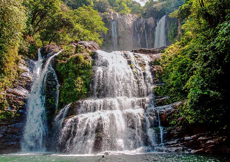 Kinkara Santa Elena, San Jose Nauyaca Waterfalls